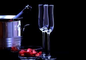 strawberries-1863156_640